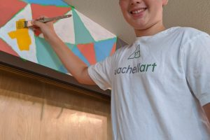 Coachellart Mural title: Geometric Flag mural